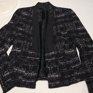 NWOT Zara Jacket Leather Trimmed, amazing!